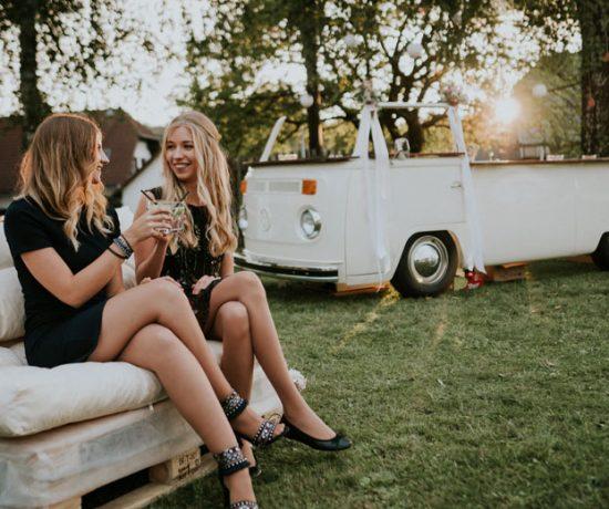Bulli Mietbar Elfi bei einer Hochzeit am Radsberg als Outdoor Bar